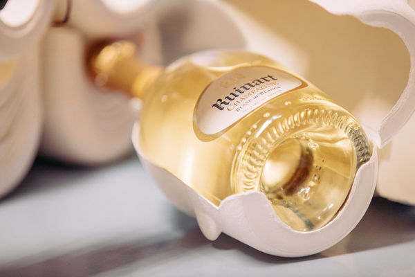Ruinart unveils ultra-light champagne boxes, Second Skin